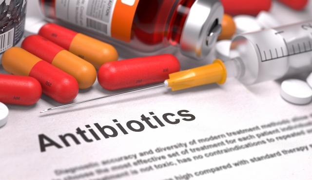 O uso de antibióticos para determinados procedimentos odontológicos